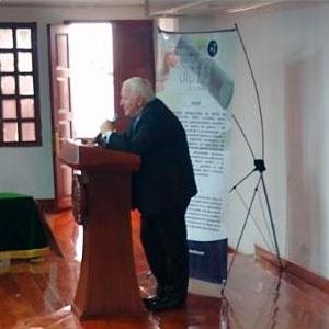 Dr. Luis Gonzalo Velásquez